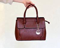 Качественная классическая женская сумка коричневого цвета