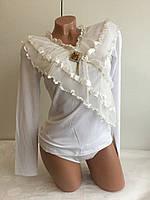 Блуза с воротником-жабо