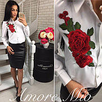 Женская блузка с вышивкой розы