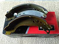 Тормозные колодки задние барабанные Dacia Logan  (180x42) (19-0254)