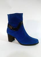 Женские замшевые ботинки на каблуке, Украина