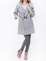 Женское пальто в модном цвете Весна