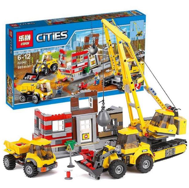 """Конструктор Lepin City 02042""""Снос старого здания"""" копия Lego 60076 Сити, 869дет."""