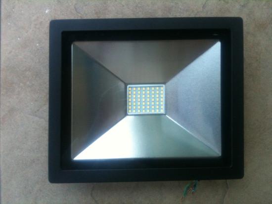 Светодиодный прожектор PREMIUM Slim SMD SL-4001 30W 6400K IP65 черный Код.56234