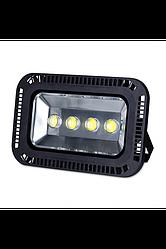 Светодиодный прожектор 200w/4 3000К IP65 Код.56968