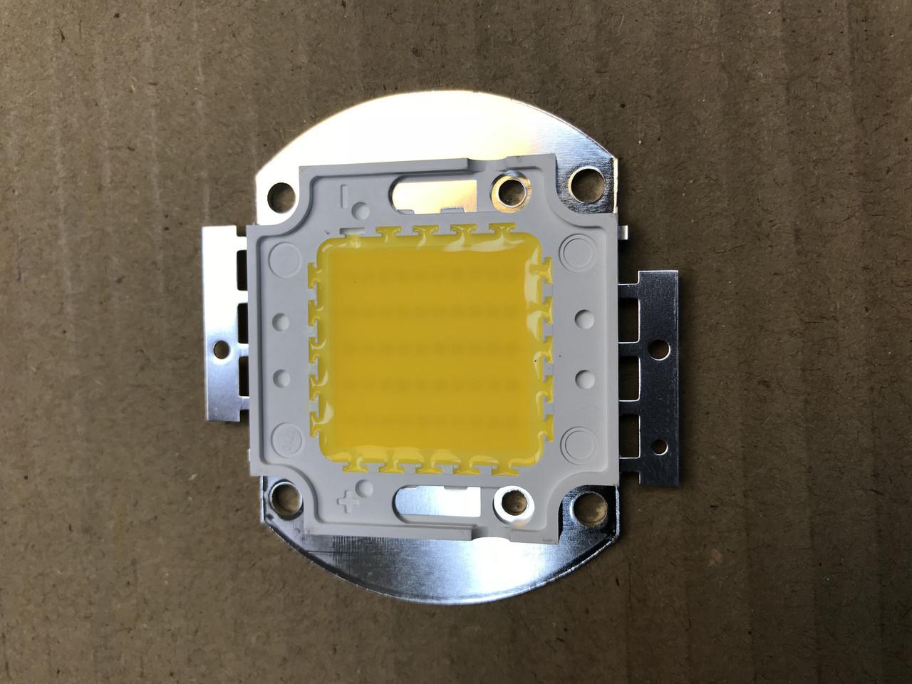 Світлодіод матричний PREMIUM СОВ для прожектора SL-50 50W 3000К (45Х45 mil) Код.58816