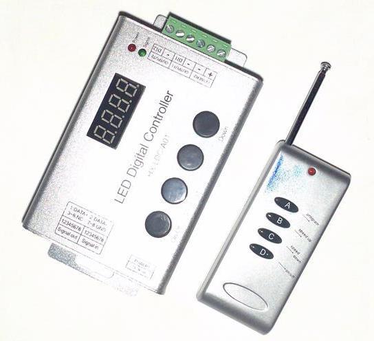 Контроллер к бегущей волне 1 LED segment 12A, (4 кнопки) радио дистанционное управленине Код.54337