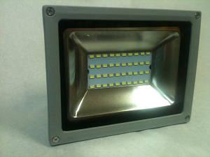 Светодиодный прожектор SMD 5730/40 20W 6500К IP65 Код.58303