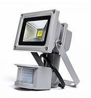 Светодиодный прожектор LMPS-10 10 Вт с датчиком движения  (6500К) IP44 Код.58377