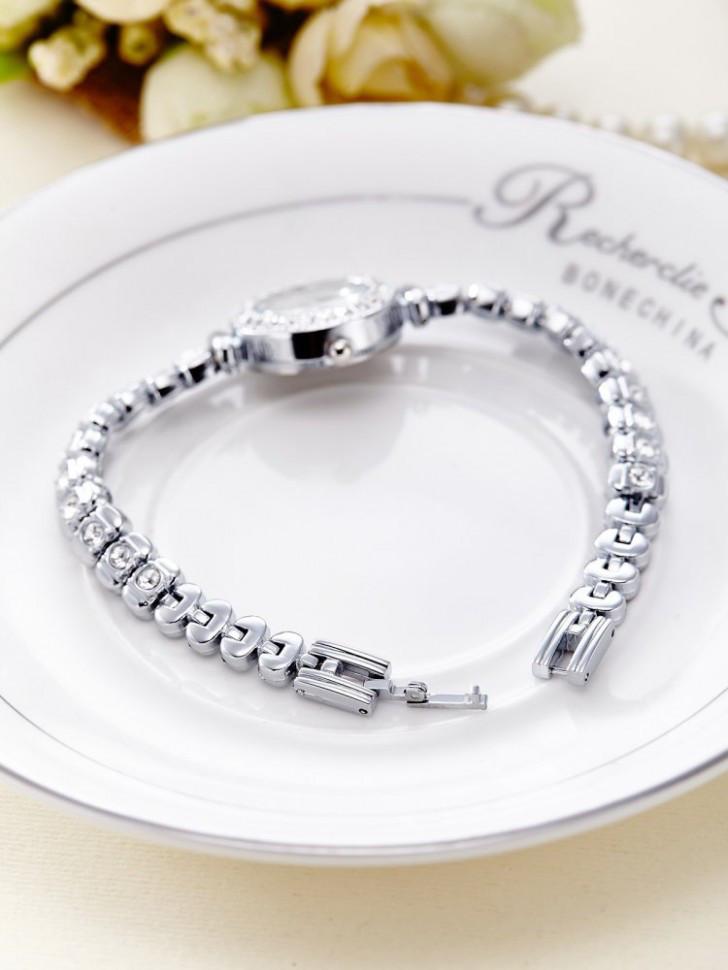 Купить наручные Элегантные женские часы YAQIN 6880095-2 по лучшей ... 843179d4211b9