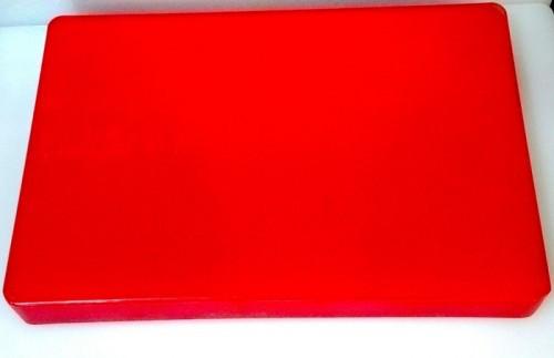 Доска разделочная пластиковая красного цвета 440*300*25 мм