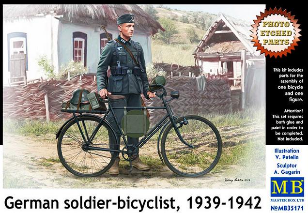 Модель немецкого велосипеда и фигурка немецкого солдата, 1939-1942. Масштаб 1/35. MASTER BOX 35171