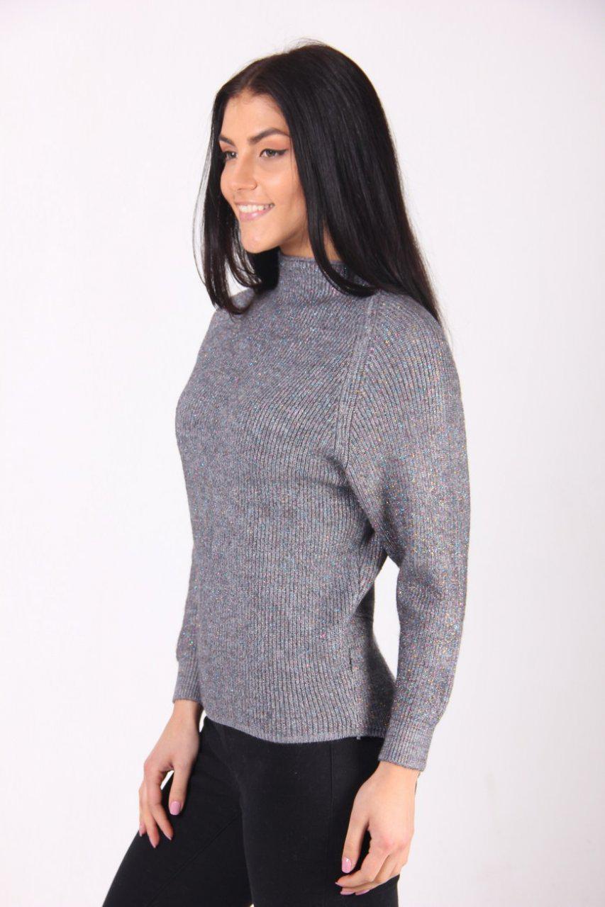 f18adc56e2d Молодежный серый свитер с люрексом