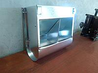 Двухсекционная бункерная кормушка для кроликов объемом 3 литра