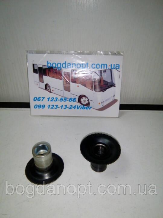 Трещотка рабочего тормозного цилиндра автобус Богдан А-092,Исузу.Правая