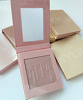 Хайлайтер Kylie Pressed Illuminating Powder