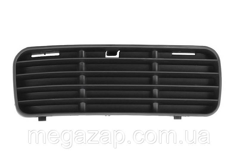Решетка бампера правая VW CADDY (94-04)