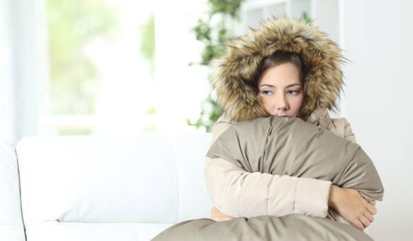 12 причин, почему человек постоянно мерзнет. Как согреться?