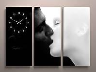 Фотокартина модульная с часами три модуля Поцелуй