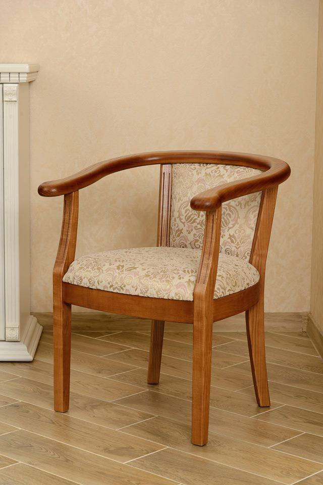 Крісло дерев'яне з підлокітниками для вітальні і кухні Глорія РКБ-Меблі, колір на вибір