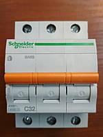 Автоматический выключатель ВА63 3 полюса 32А  Schneider Electric серия Домовой