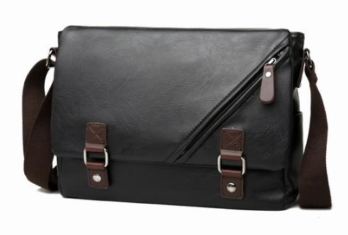 Стильная мужская сумка черная