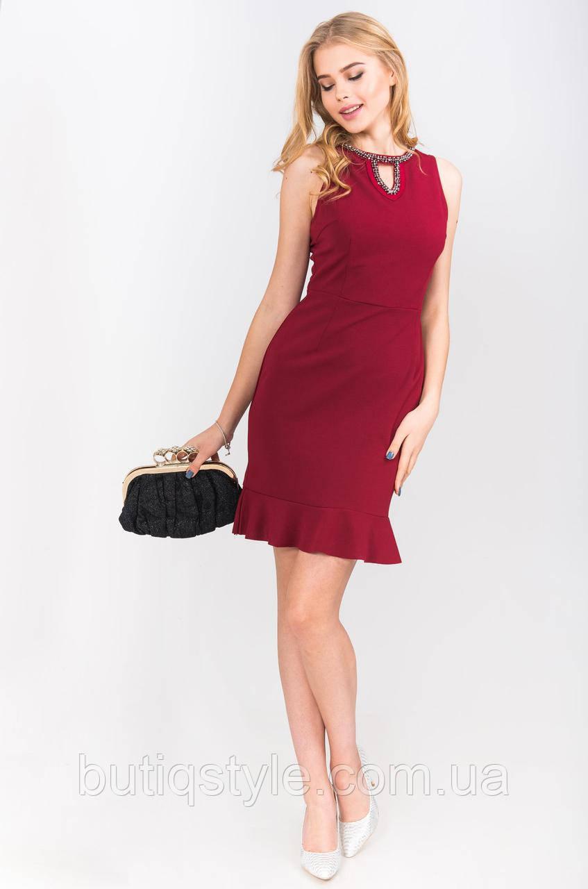 8011f3a941e Элегантное кружевное платье с оборкой -