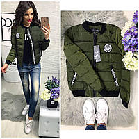 Новое поступление! женская короткая куртка бомбер нью-йорк нашивки на карманах и груди хаки 42 44 46