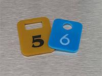 Гардеробный номерок акриловый 40х50 мм, двухсторонний (Кольцо: Без кольца для ключей;  Заливка эмалью: 1 слой; Основание: Акрил металлик или
