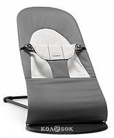Крісло-шезлонг BabyBjorn Balance Soft Крісло-шезлонг BabyBjorn Balance Soft ,темно - сірий, бавовна, джерсі