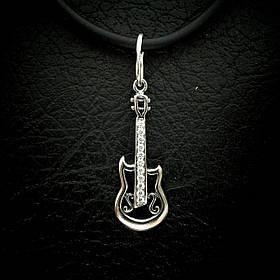 Серебряная подвеска с камнями Гитара