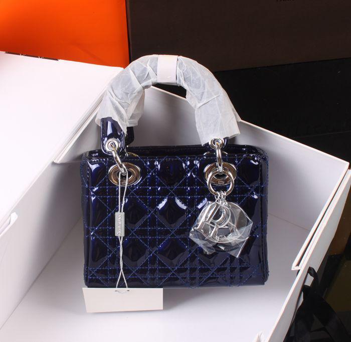 f82917f552dd Сумка в стиле Christian Dior - Lady Dior люкс копия - Интернет-магазин  обуви TINA