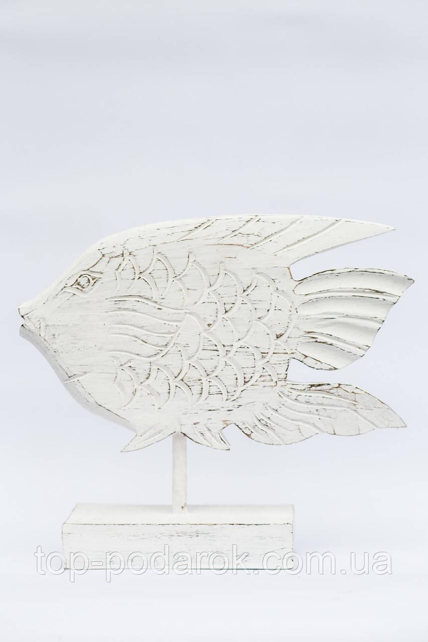 Рыба деревянная на подставке размер 30*30 см