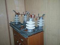 Роз'єднувач РЛНДз-10/400-У1 (з приводом ПРНЗ-10 У1) ДВОПОЛЮСНІ