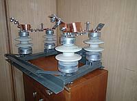 Роз'єднувач РЛНД-10/400-У1 без заземлення (з приводом ПР-1) ДВОПОЛЮСНІ