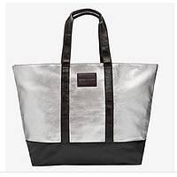 Серебристая сумка Victoria's Secret