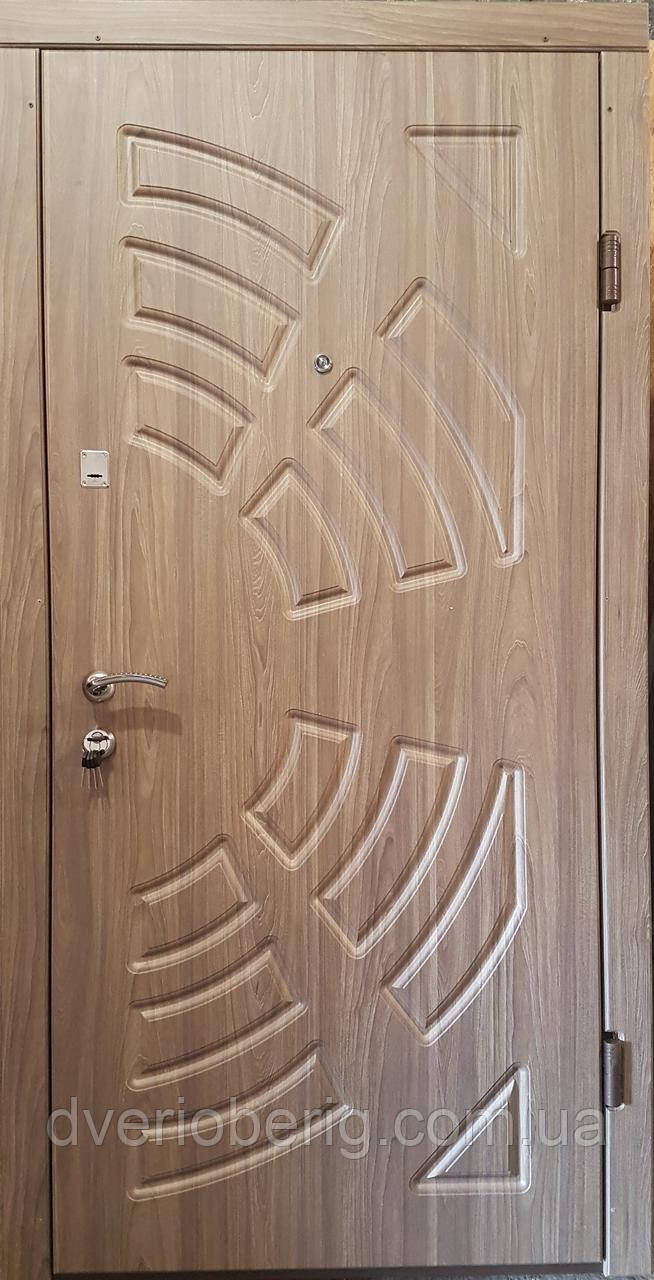 Входная дверь модель П3-220 вязь серый