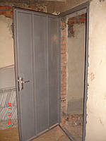 Дверь металлическая в подъезд, подвал