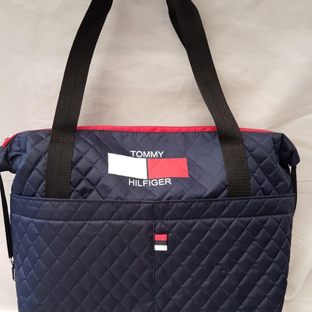 92f6e117bab6 Сумка женская стеганая Tommy hilfiger 43x30x10: продажа, цена в ...