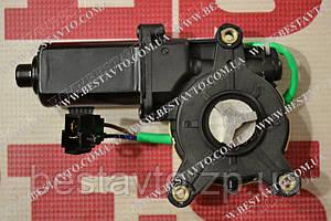 Двигун електр стеклопод лівий під хрест lanos/nubira