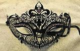 Асимметричная венецианская маска из металла черная женская со стразами, фото 2