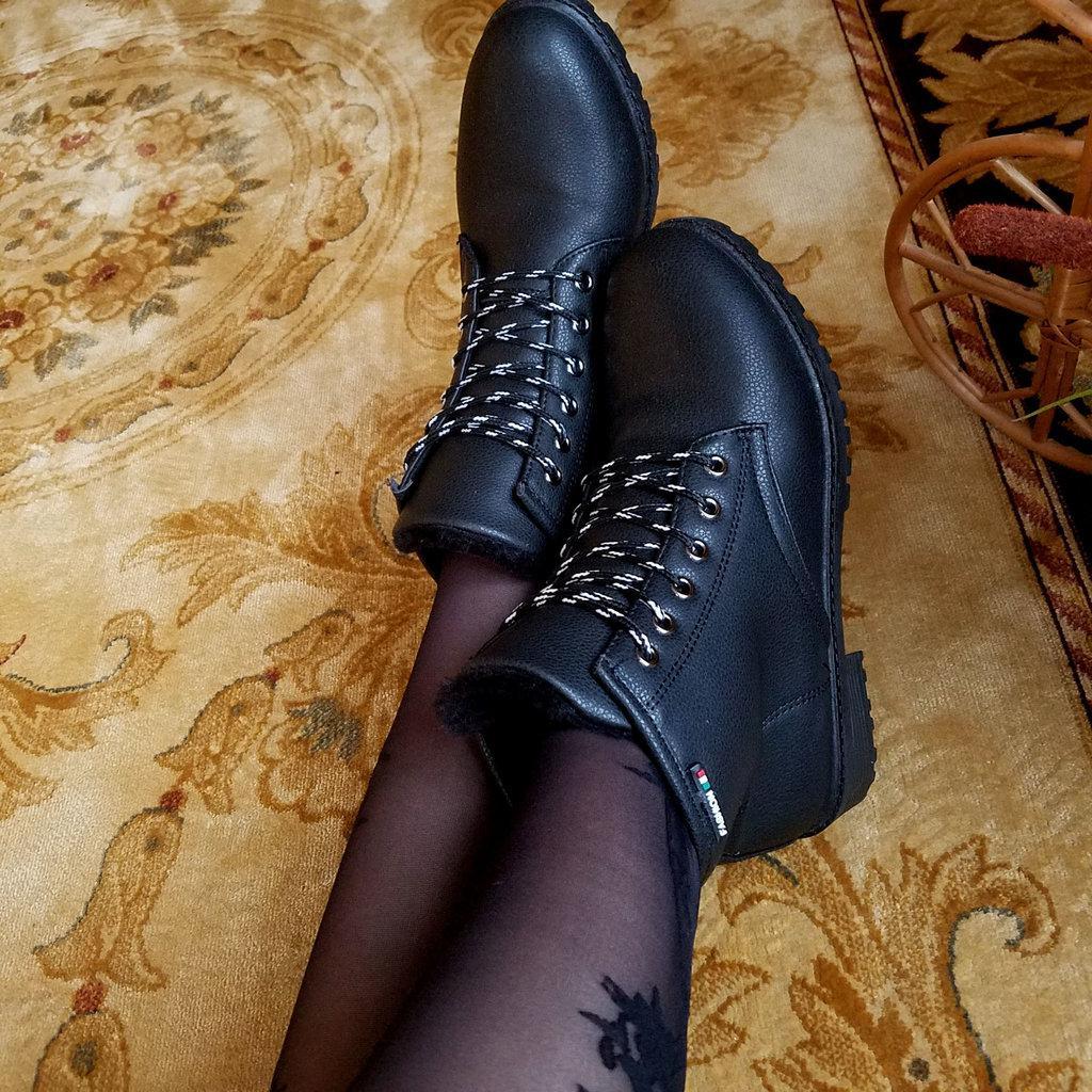 Черные женские ботинки эко кожаные 39 РАЗМЕР