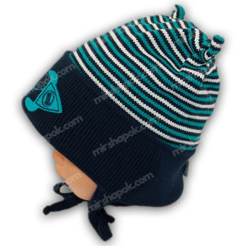 вязаная шапка c завязками