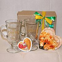 Подарочный набор День Валентина - Пара чашек + Сердечко магнитик + открытка