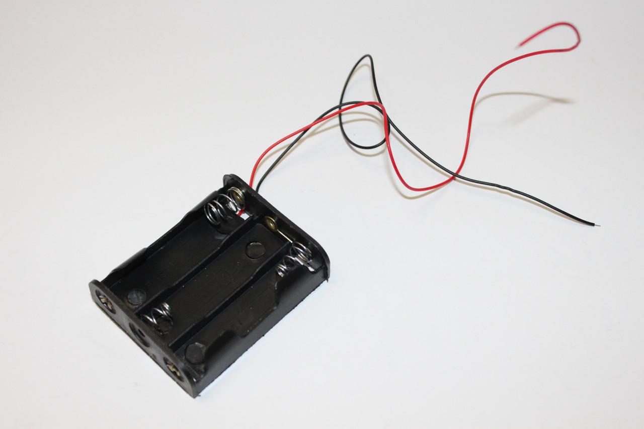Бокс для батареек AA на 3 шт. (4,5V)