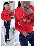 Красивый женский свитер с вышивкой, фото 1