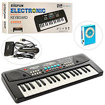 Дитячий синтезатор, 37 клавіш, мікрофон, запис, 8 тонів, USB заряд. MP3 плеєр, BF-430C4