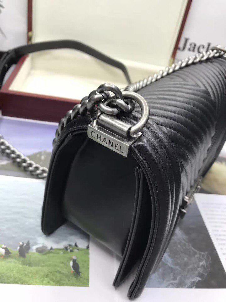 Сумка, клатч Шанель Бой Шеврон натуральная кожа в черном цвете ... ec199b07a9d
