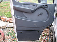 Обшивка двери Mercedes Sprinter