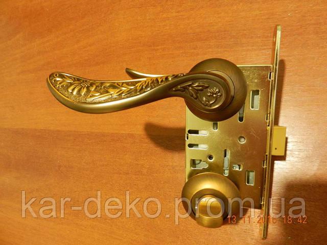 фото ручки на розетке Punto с фиксатором  kar-deko.com